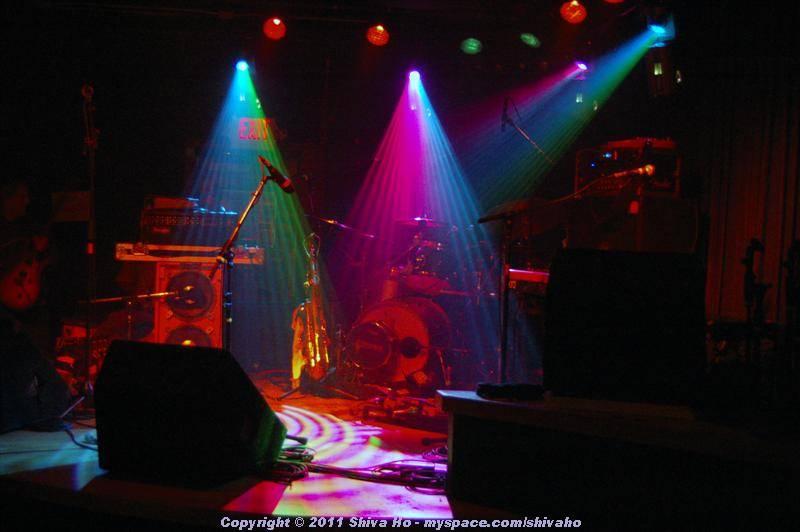 fndb2011-11-30n-067Medium.JPG